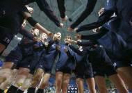 한국 여자 배구, 또 일본 이겼다… 김연경 23점 맹활약