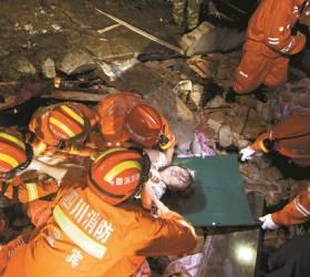 [사진] 중국 쓰촨성 <!HS>지진<!HE> 200여 명 사상