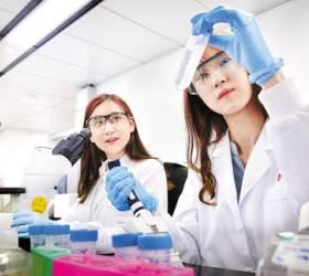[제약&바이오 <!HS>혁신<!HE>] 바이오사업 집중 육성, <!HS>글로벌<!HE> '톱5 화학 회사' 성장 꿈 이룬다