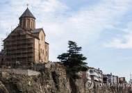 조지아에서 현지 단체 관광 중이던 한국 관광객 1명 사망·1명 부상