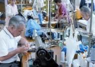 80세 경리 사원, 70세 판매왕…일본기업에선 가능한 일