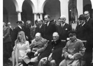 처칠과 스탈린 옆에 이방카···'외교망신' 조롱 패러디 쏟아져