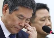 """""""6·25, 김일성이 벌인 전쟁인가"""" 이 질문에 답변 주저한 정경두"""