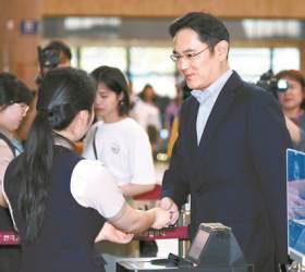 김상조·총수들 만난 날, <!HS>이재용<!HE>·신동빈 일본행