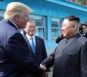 """미 국무부 """"<!HS>트럼프<!HE>-<!HS>김정은<!HE> <!HS>판문점<!HE> 만남<!HS>,<!HE> 정상회담 아냐"""""""