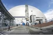 [서소문사진관]체르노빌 원전 덮개 추가, 유령도시에서 관광지로...