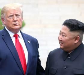 """<!HS>트럼프<!HE> """"김정은, 날 보더니 미소 지어… 너무 행복해했다"""""""