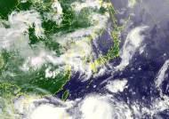 5호 태풍 다나스 북상···21일 서해 진입, 전국 장맛비 예상