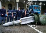 [한 컷] <!HS>이탈리아<!HE>에서 압수된 공대공 미사일