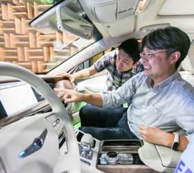 """""""현대차, 디지털 잘 몰라도 말로 쉽게 작동하는 차 만들 것"""""""