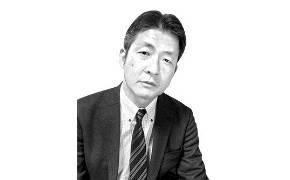 """""""개헌시 강경우파 필요한 아베, 한국에 저자세 못취한다"""""""