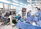 [건강한 가족] 로봇의 숨은 능력까지 활용, 새로운 <!HS>수술<!HE> 길 개척 앞장서다