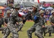 """中 국방부 """"홍콩 과격시위 못참겠다, 인민해방군 투입할 수도"""""""