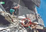 [사진] 7개월 동생 살리려고 … 시리아 내전의 비극