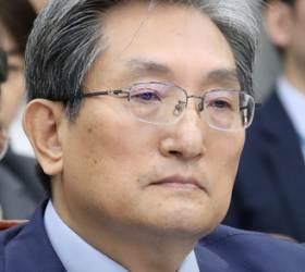 """""""文정부 들어 北<!HS>핵실험<!HE> 몇 차례냐?""""에 답 못한 노영민"""