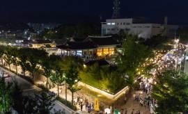 경포·안목해변 아니라 강릉 구도심에 7만 명 모인 까닭은