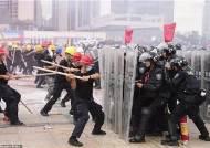 中, 홍콩 옆에서 전투기 동원 폭동진압 훈련···시위개입 임박?
