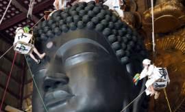 일본 도다이지(東大寺) 15m 청동 대불 몸 닦는 날