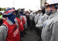 파업권 획득한 노조의 선택은?...현대중 노사 임금협상 놓고 갈등 고조