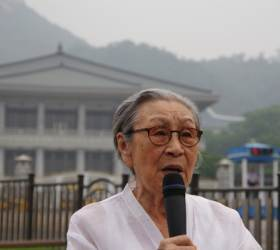 <!HS>위안부<!HE> 피해에도 日대지진에 손길…김복동 <!HS>할머니<!HE> 27년 여정