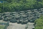 홍콩 10분거리 中선전에 장갑차 집결···중국군 수천명 훈련