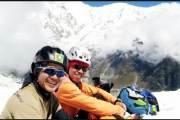 빙하 속에서 10년 함께 한 두 산악대원…히말라야서 돌아와 고향에 영면