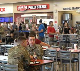 [<!HS>박용한<!HE> <!HS>배틀그라운드<!HE>] 한국돈 18조 들어간 평택 미군기지…미군 60%는 부대 밖에서 생활