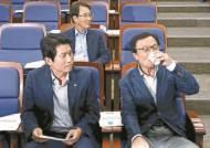 """박용진 """"조국 결단 불가피"""" 청와대 """"청문회서 검증"""" 입단속"""