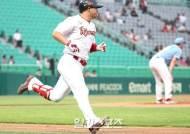 '시즌 24호포' 최정, 통산 330홈런으로 역대 단독 5위 등극