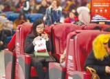 '자투리 소비' 대기 시간 활용해 돈 버는 중국인들