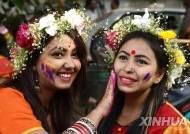 """""""결혼서류에 '숫처녀' 표기 굴욕적""""…방글라데시 대법원 판단은"""