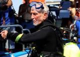 42.4m 잠수 96세 영국 <!HS>다이버<!HE>, 세계최고기록 다시 쓰다