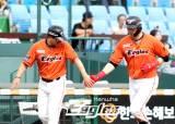 김회성 3점포 포함 3안타, 한화 6-1로 KT에 승리