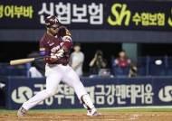 박병호, 6시즌 연속 30홈런...양현종은 15승