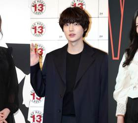 KU HYE-SUN Says That Her Divorce With AHN JAE-HYUN <!HS>Is<!HE> Because Of His Cheating