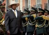 """""""눈에는 눈, 이에는 이"""" 법원에 살인범 극형 명한 우간다 대통령"""