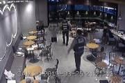 커피숍서 모르는 여대생 흉기로 찌른 20대…징역 10년 구형