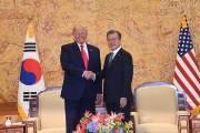 유엔 총회 가는 文·아베···G20처럼 '10초 악수'만 할까