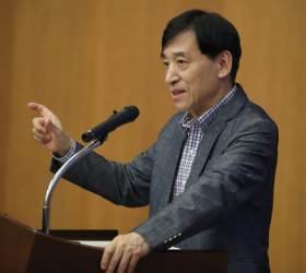 """이주열 한은 총재의 고백 """"올해 2.2% 성장도 어렵다"""""""