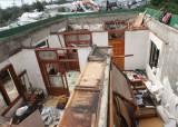 한반도 관통한 태풍 '미탁'…강풍에 지붕 뜯겨 나가고 물 폭탄 쏟아져
