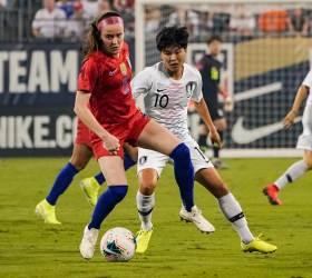 한국여자축구, '<!HS>월드컵<!HE> 우승팀' 미국에 0-2 패