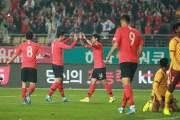 '손흥민 2골1도움' 벤투호, 스리랑카에 5-0 리드