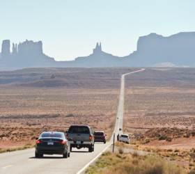 [최승표의 <!HS>여행의<!HE> <!HS>기술<!HE>] 해외 자동차 운전, 영문·국제 면허증은 만능이 아니다