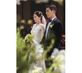 """""""잘 살겠다"""" 강남과 이상화가 공개한 결혼식 본식 사진"""