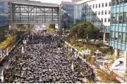 """파업으로 광역전철 82% 운행에 그쳐...""""14일 출근 땐 100%"""""""