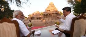[사진] 힌두교 사원 앞 모디·<!HS>시진핑<!HE>