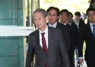 """이낙연-아베 회동 앞두고 한일 국장급 협의..""""간극 여전"""""""