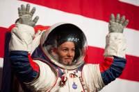 최초 달착륙 여성 우주인 등장할까? 나사 차세대 우주복 공개