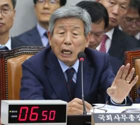 """<!HS>강효상<!HE> """"패스트트랙 사보임은 국회법상 논란거리, 동의하나"""" 유인태 """"네"""""""
