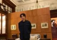 """""""재능 더 인정받을 배우"""" 런던行 류준열 무대인사·GV 전천후 활약"""